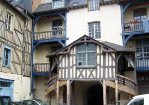 maisons-pans-bois-rennes3 rue Vasselot 01