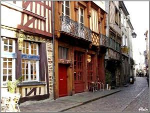 Rue du Chapitre 02